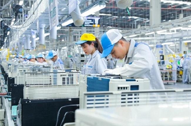 Cú hích thúc đẩy chuyển đổi số doanh nghiệp sản xuất